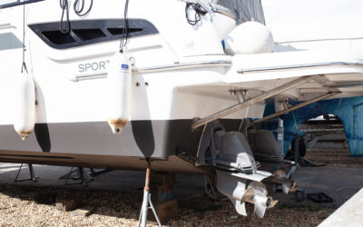 Service, Antifoul and a brand new Stern Thruster!