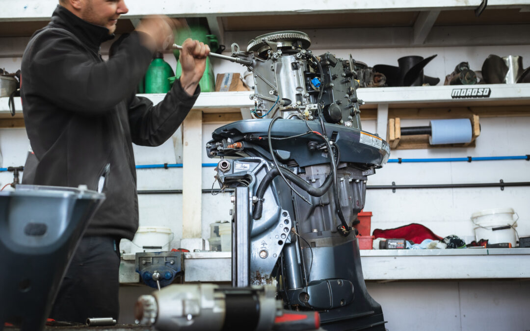 Workshop Wednesday! Outboard Overhaul at Saltwater Solutions